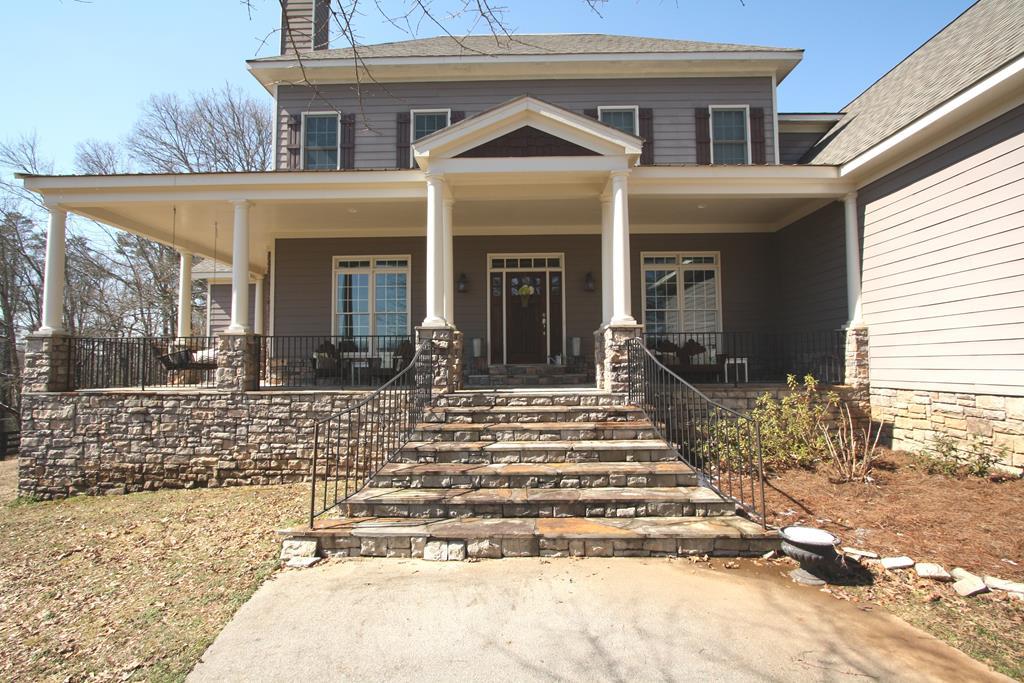 Cumming Georgia Equestrian Estate Home